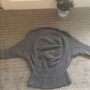 Theory grey sweater with mid length sleeves